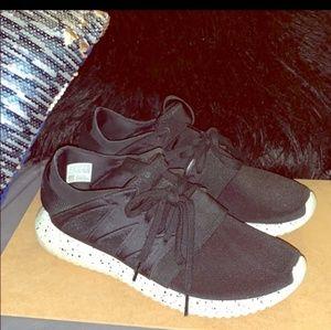Adidas tabular sneaker